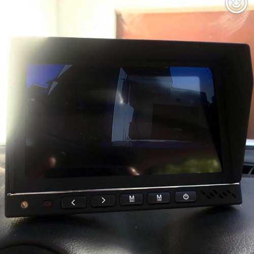 Truck-Reversing-Camera-Kit-03