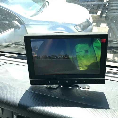 Truck-Reversing-Camera-Kit-06